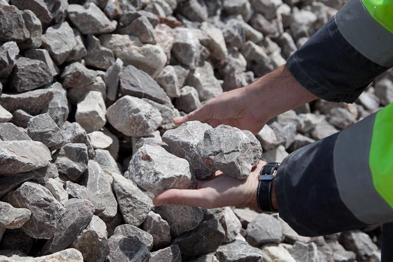 pierre a chaux, industrie, granulats, carrières du boulonnais, groupe cb