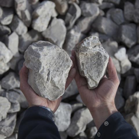 pierre a chaux, granulats, carrières du boulonnais, industrie, groupe cb